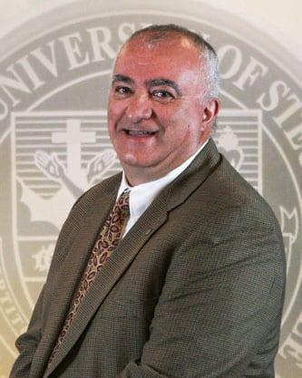 Dr. Alberto Descalzo
